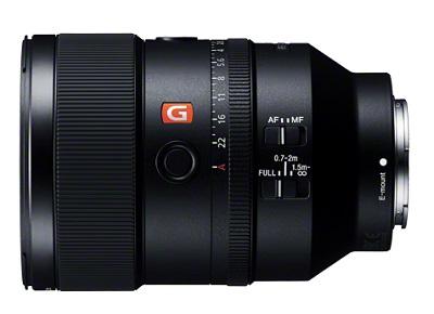 SEL135F18GM_side.jpg